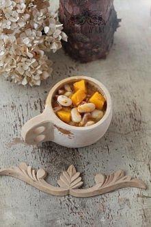 Zupa fasolowa z dynią i boczkiem