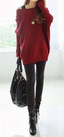 Czerwony sweter nietoperz
