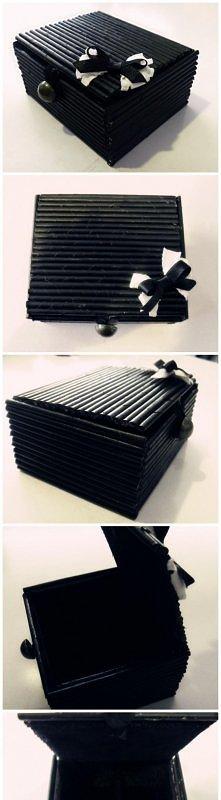 Pudełko z wikliny papierowej
