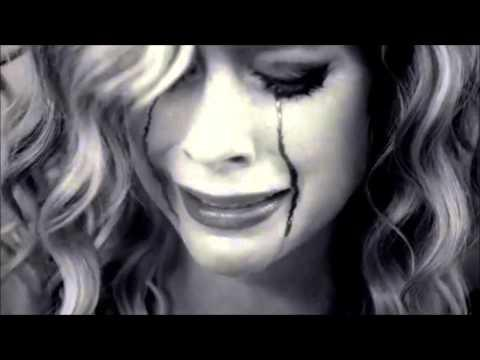 Avril Lavigne - How You Remind Me [Official Music Video]