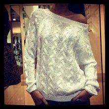 sweterek ;3