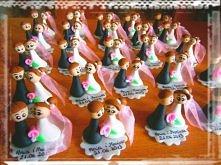Pomysłowe podziękowanie dla gości weselnych :) miniaturka Pary Młodej - włosy...