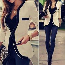 Śliczny żakiet i  jeansy. Fajny LOOK ? :)