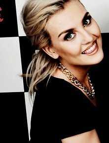 Perrie Edwards :*
