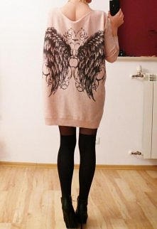 Sweter ze skrzydłami <3