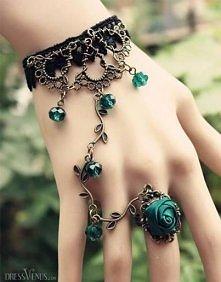 ... niesamowita bransoletka i pierścionek :))