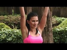 YOGA - chest & spine with Hilaria Baldwin