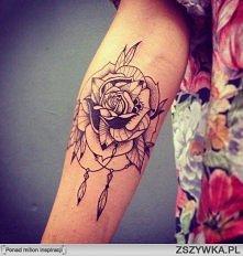 tatuaż róża   róża z łapaczem snów