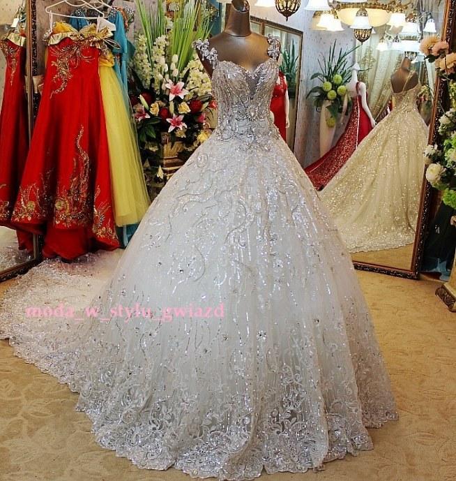 Suknia ślubna Niespotykanej Pięknej Urody Bardzo Bogato Zdobion Na