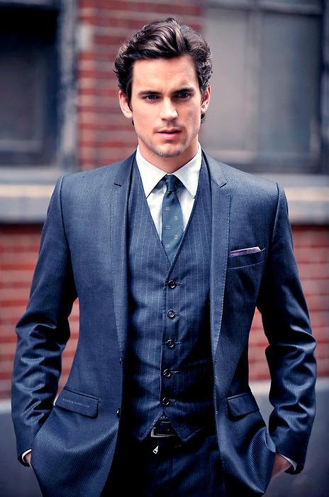 Boski strój i bardzo przystojny mężczyzna, który także jest dobrym aktorem :P