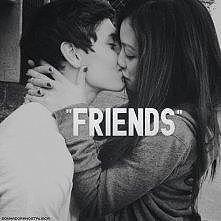 - Przyjaźń damską-męska ist...