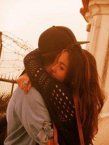 taki przytulasek. ^^