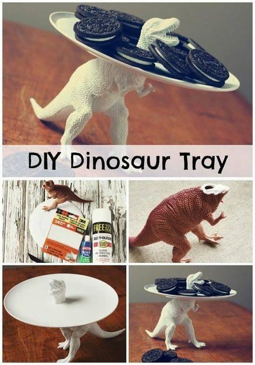 dinozaurowy talerz :D