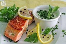 Filet z łososia z sosem ziołowym