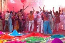 Indie – kolory święta radości