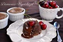 ciastka czekoladowe z płynn...