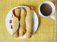 Marchewkowe naleśniki Składniki:      3 solidne łyżki mąki pełnoziarnistej     1 jajko     1/2 szklanki mleka     1 średnia marchew     coś do posłodzenia     łyżka oliwy     do...