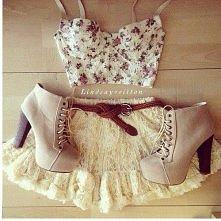 uroczy outfit