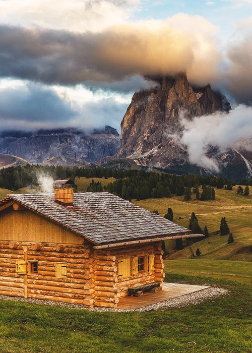 Mountain Cabin, Seiser Alm, Włochy
