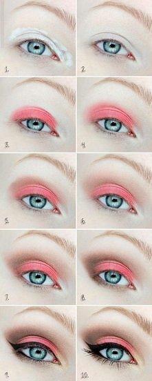 Świetny makijaż dla niebieskookich pań. ;3