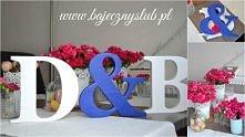 inicjały na stół Młodej Pary litery drewniane  dekoracja stołu Młodej Pary