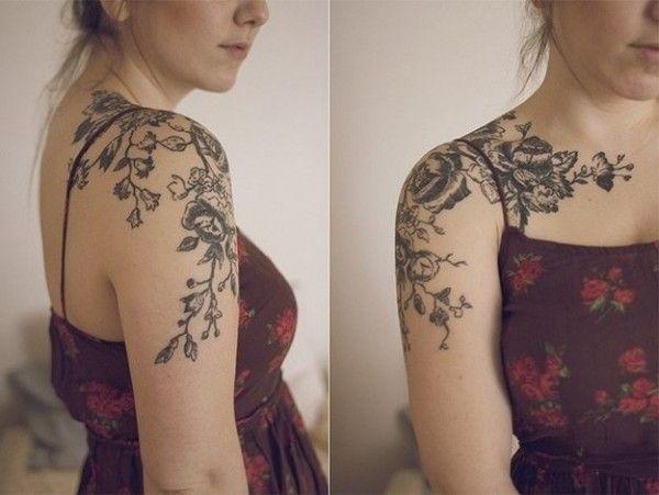 Na Ramieniu Czarne Kwiaty Na Wzory Tatuaży Zszywkapl