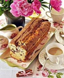 Proste cynamonowe ciasto z rodzynkami. Przepis po kliknięciu w zdjęcie.