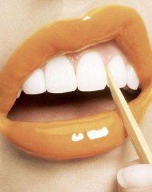 naturalne wybielanie zębów