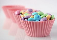 Słodycze są pyszne i większość z Nas ma do nich słabość ale na pewno nie są one pomocne w zrzucaniu zbędnych kilogramów. Dlatego zamień cukierki, batony i czekoladę na inne, zdr...