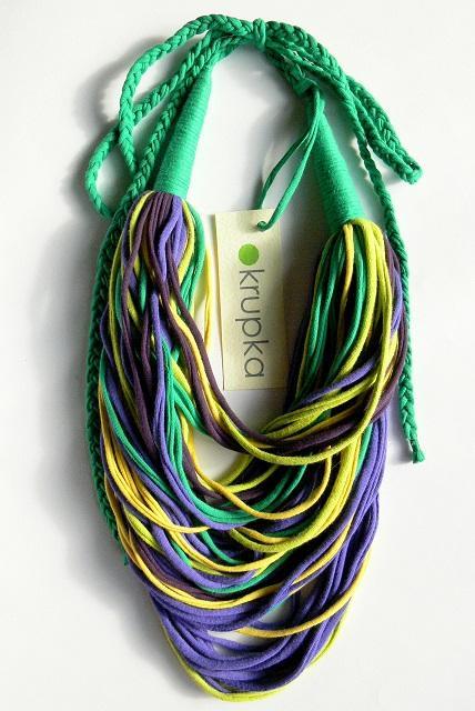 Kolorowy wiosenny upcyclingowy naszyjnik z naturalnej bawełny! Po więcej zapraszam na mój fb: MonikaKrupkaHandmade