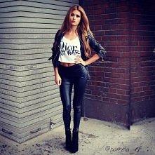 Boże jaka ona śliczna ;)