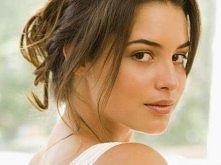 Kto powiedział że piękne kobiety muszą być wytapetowane? ;) Piękna i dojrzała kobieta :)