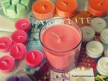 Uwielbiam świeczki <3 Potrafią zrobić w pokoju piękny nastrój ;-))