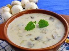 Pyszny sos pieczarkowy  Banalnie łatwy, a jaki pyszny, swojski sosik do wielu potraw :) Przepis po kliknięciu w zdjęcie :)