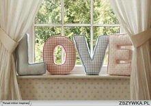 LOVE - poduszki <3