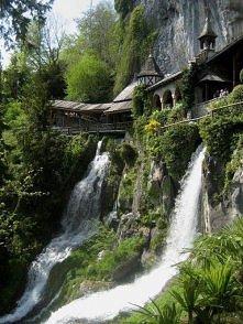 St Beatus Jaskinie, Szwajcaria