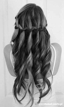 III sposób na długie zadbane włosy - siemię lniane. Tym razem jest to żel który należy wcierać we włosy. Zapraszam do przeczytania!  Przepis:3 łyżki ziarenek wsypujemy do garnka...