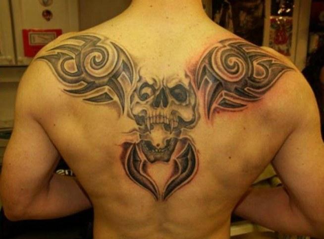 Czaszka I Tribale Tatuaże Na Plecach Na Tatuaże Zszywkapl