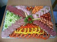 Ciekwy sposób na podanie wędlin i warzyw