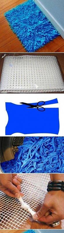 tanio i ekonomicznie ;)Jak przemienić starą koszulkę w dywanik