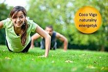 Woda kokosowa dużo skuteczniej niż sportowe napoje dostarcza energii i uzupeł...
