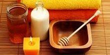 Maseczka z miodu - przepisy:  1) Oczyszczająca maseczka z miodu Do przygotowania tej maseczki potrzebujemy 1 łyżki miodu, 1/2 łyżeczki soku z cytryny oraz 2 łyżeczek mielonych m...