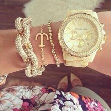 zegarek i bransoletka <3
