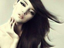 gładkie fryzury damskie