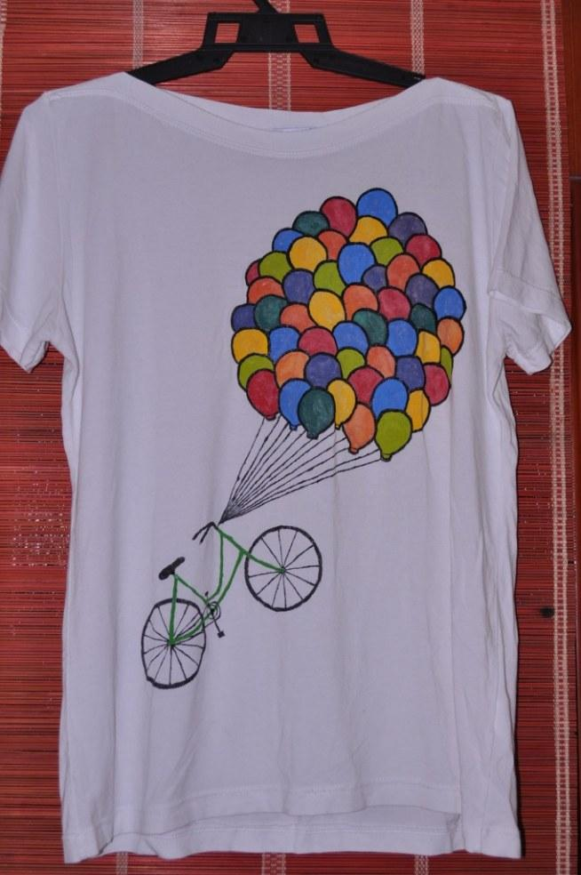 Koszulki ręcznie malowane na zamówienie. Cena około 40 zł. afma03@gmail.com
