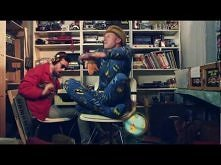 *** jednak i ta piosenka trafia tu  MACKLEMORE & RYAN LEWIS - THRIFT SHOP FEAT. WANZ (OFFICIAL VIDEO) ***