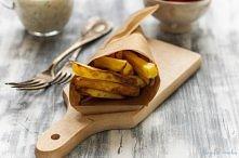 FRYTKI Z PIEKARNIKA   Składniki: 600 g -700 g ziemniaków 1-2 łyżki oliwy sól ...