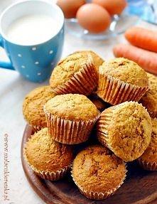 Muffinki z marchewką. Przep...