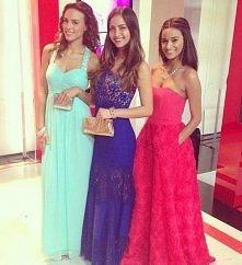 Urocze sukni - jaki kolor wybrać?