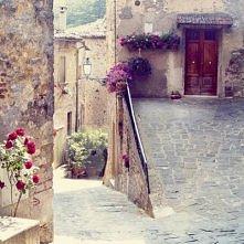 ✔ Zwiedzanie starych i pięknych uliczek, żeby odczuć duch miasta